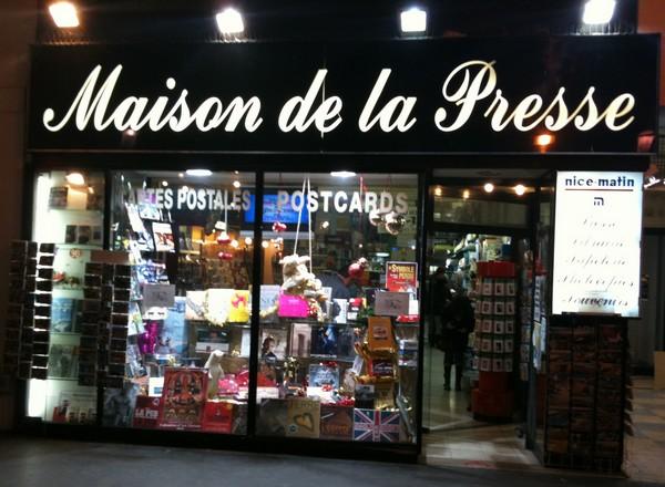 Dites non la disparition de la maison de la presse de la - La maison de la place saignon ...