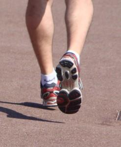 Courir sur la Promenade des anglais avec de bonnes chaussures